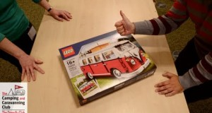 LEGO-Volkswagen-T1-Camper-Van-Time-Lapse-The-Camping-and-Caravanning-Club