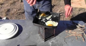 How to cook Bacon and Eggs Camping Outdoor gear Tip