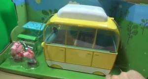 Let's Play with Peppa Pig's Campervan Playset